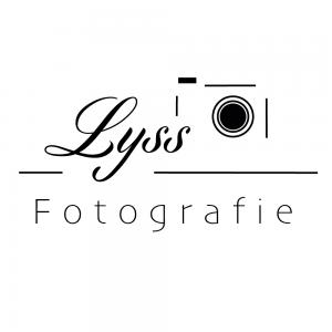 Logo - Lyss Fotografie (zwart) - Witte achtergrond